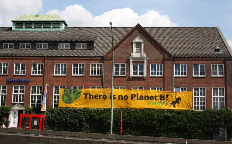Kunsthaus Hamburg_G20_There is no planet B_Robin Wood
